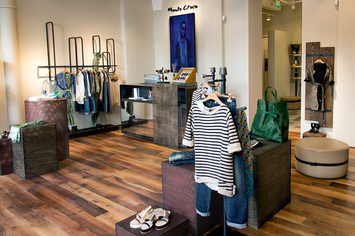 Manila Grace Manzoni Milano store boutique