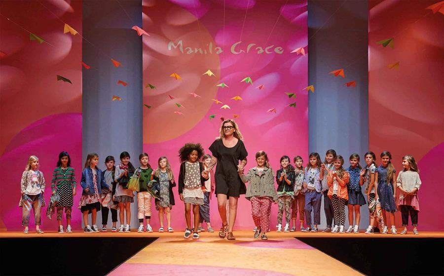 Alessia Santi sfilata Manila Grace Bambina
