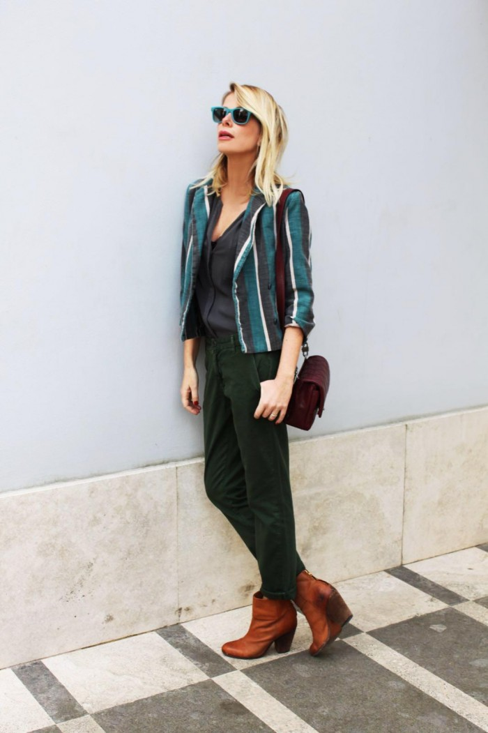 Alessia Marcuzzi giacca a righe Manila Grace